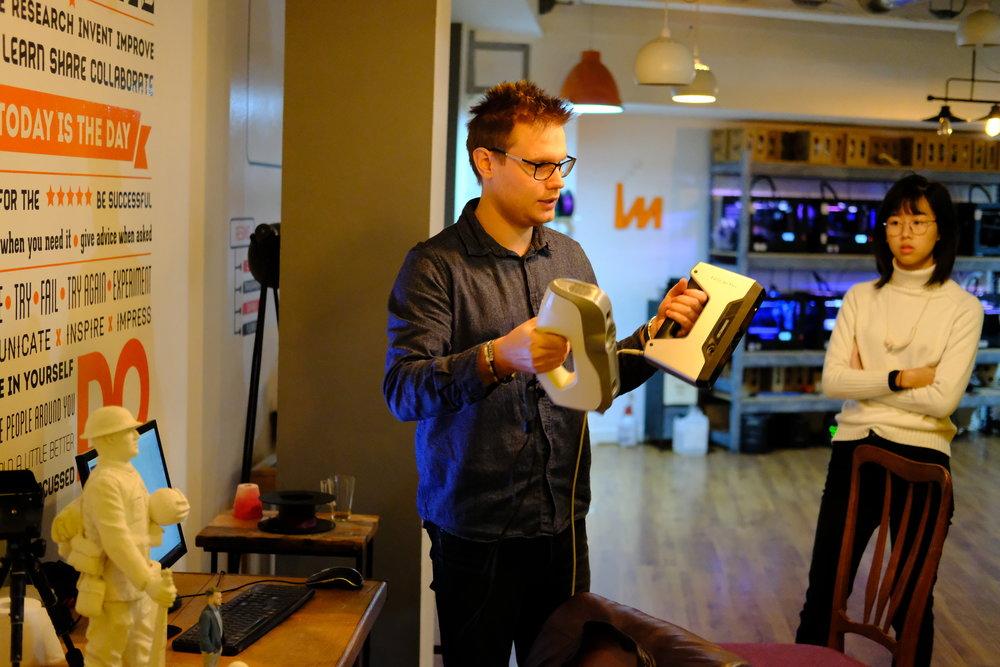 Demonstration of handheld 3D scanners.